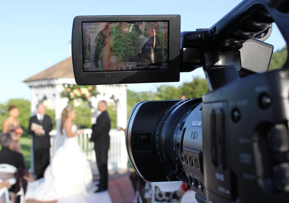 Wedding Filmmakers Stagephod