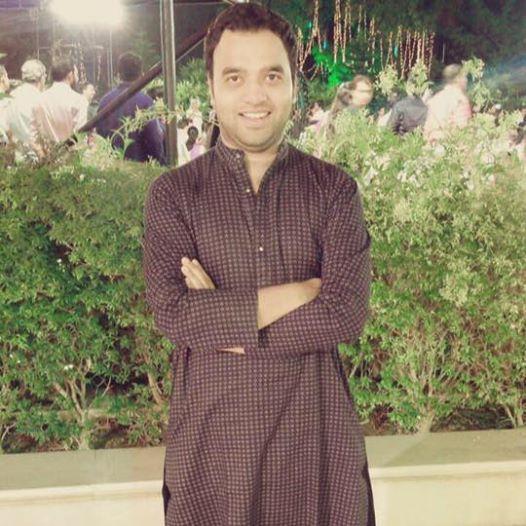 Waqar-Azmi-Stagephod