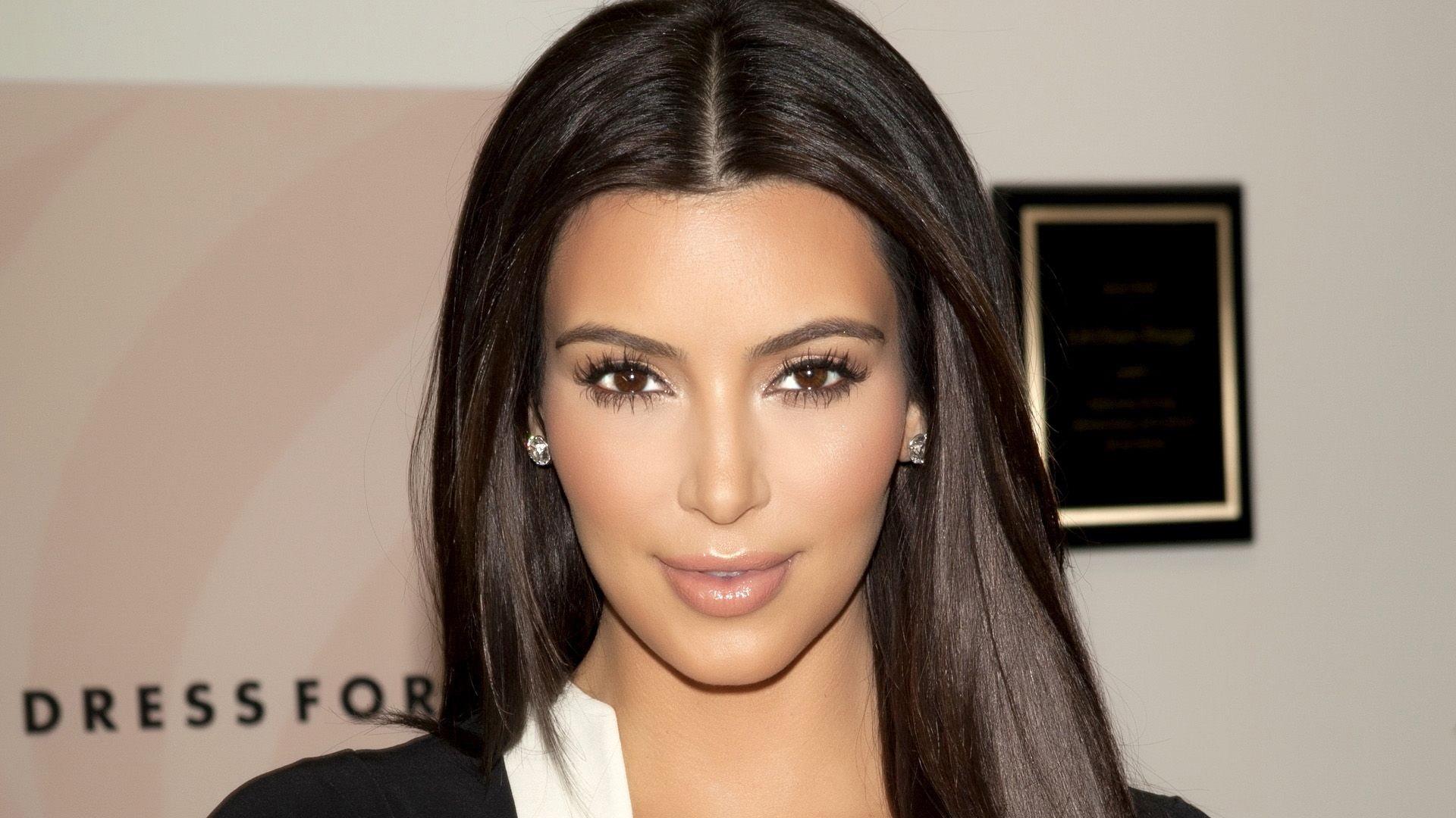 kim-kardashian-mascara-pretty-face